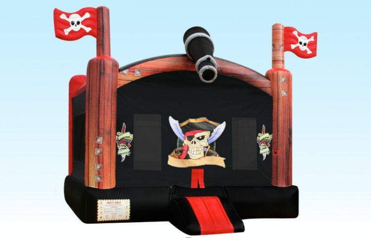 Pirate Bounce House 15x15