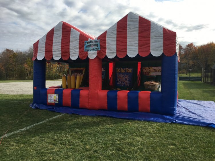 carnival20tent 603758440 big Carnival Tent with Games